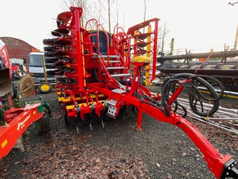 Drillmaschinenkombination des Typs Väderstad Rapid RDA 600 S, Gebrauchtmaschine in Grantham (Bild 1)