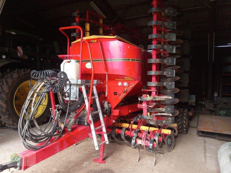 Drillmaschinenkombination des Typs Väderstad Spirit ST 800, Gebrauchtmaschine in Salsitz (Bild 1)