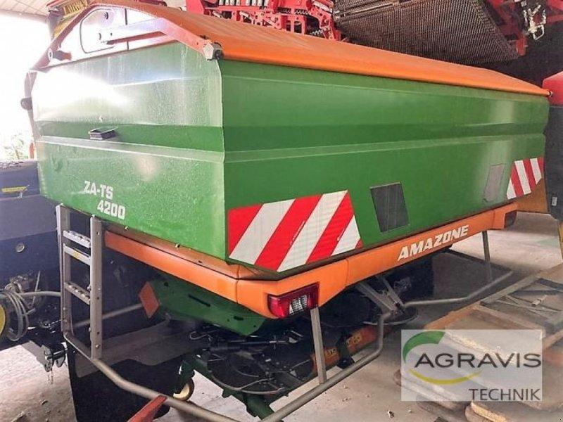 Düngerstreuer des Typs Amazone ZA-TS 4200 ULTRA PROFIS HYDRO, Gebrauchtmaschine in Nienburg (Bild 1)