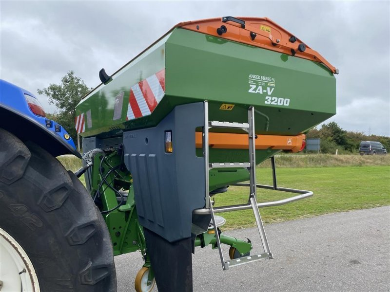 Düngerstreuer типа Amazone ZA-V-3200 Profis Tranic, Gebrauchtmaschine в Holstebro (Фотография 1)