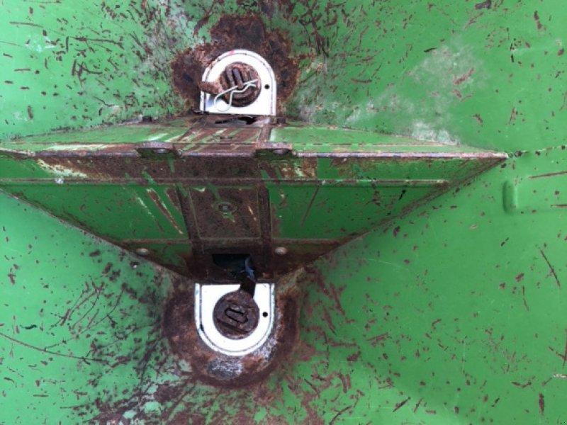 Düngerstreuer типа Amazone ZF-604R, Gebrauchtmaschine в xxxxxxx (Фотография 3)