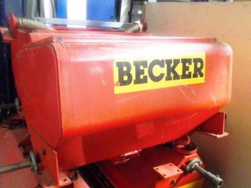 Düngerstreuer des Typs Becker 4x Düngertank mit je zwei Ausläufen, Gebrauchtmaschine in Schutterzell (Bild 1)