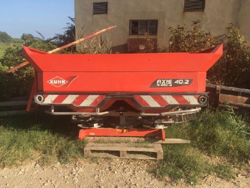 Düngerstreuer des Typs Kuhn AXIS 40 2, Gebrauchtmaschine in Carpentras (Bild 1)