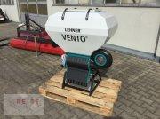 Düngerstreuer des Typs Lehner Vento II 8, Neumaschine in Lippetal / Herzfeld