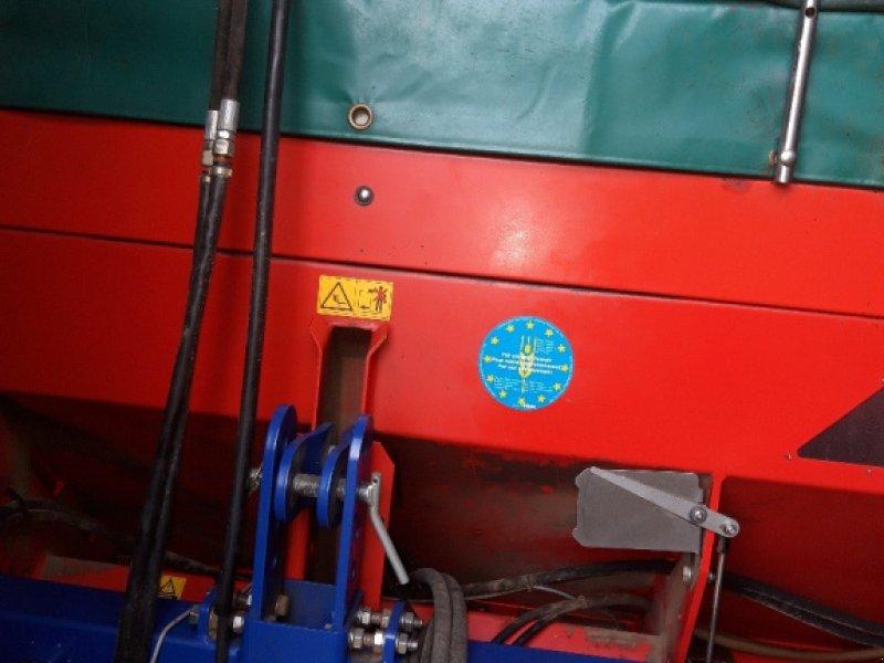 Düngerstreuer des Typs Rauch Alpha 1132, Gebrauchtmaschine in Weiden (Bild 1)