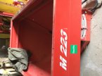 Düngerstreuer des Typs Rauch MDS 932 R in Salz