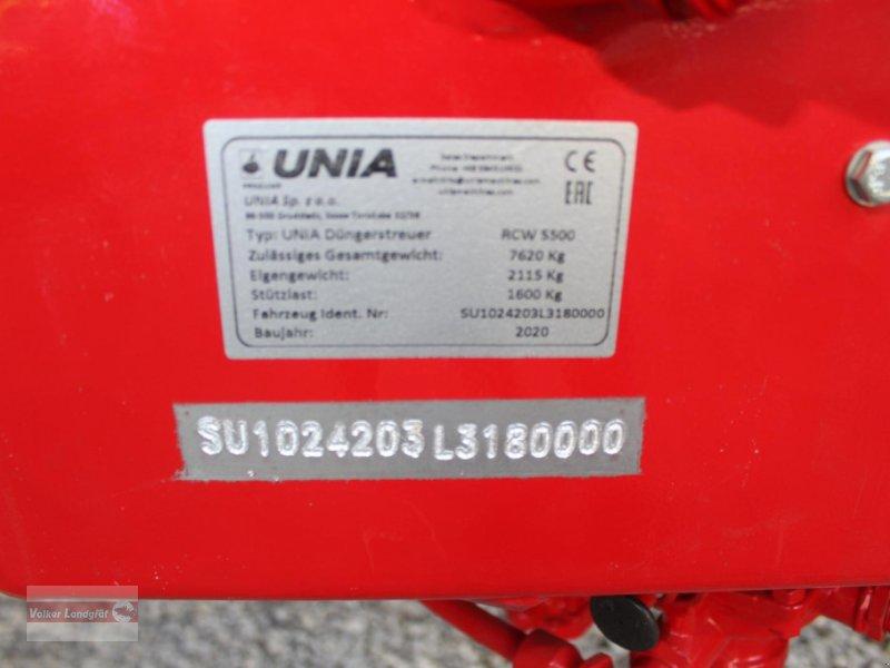 Düngerstreuer des Typs Unia RCW 5500, Neumaschine in Ostheim/Rhön (Bild 5)