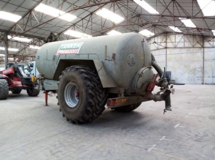 Dungstreuer des Typs Agrimat TANKER 11500, Gebrauchtmaschine in THEROUANNE (Bild 4)