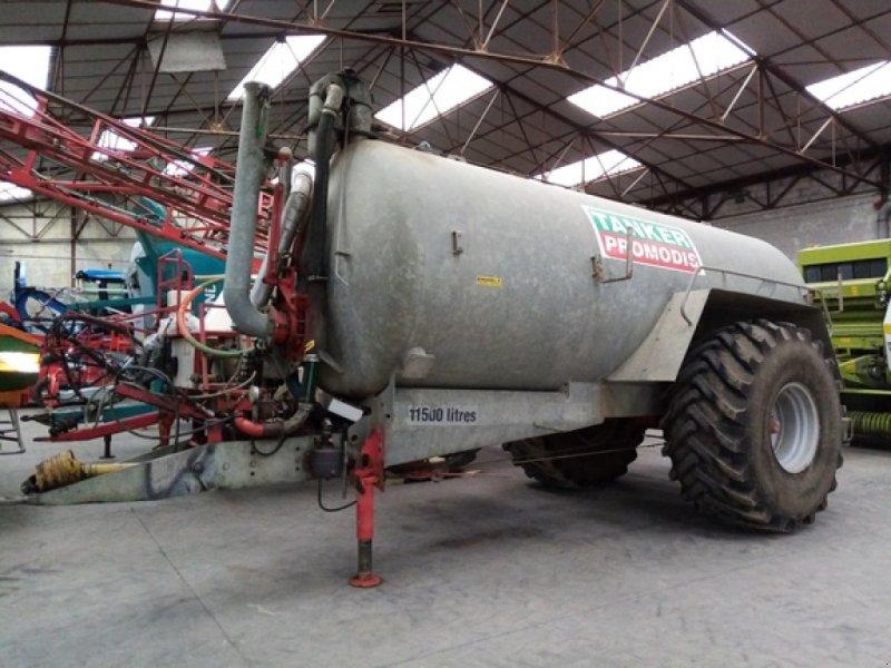 Dungstreuer des Typs Agrimat TANKER 11500, Gebrauchtmaschine in THEROUANNE (Bild 1)