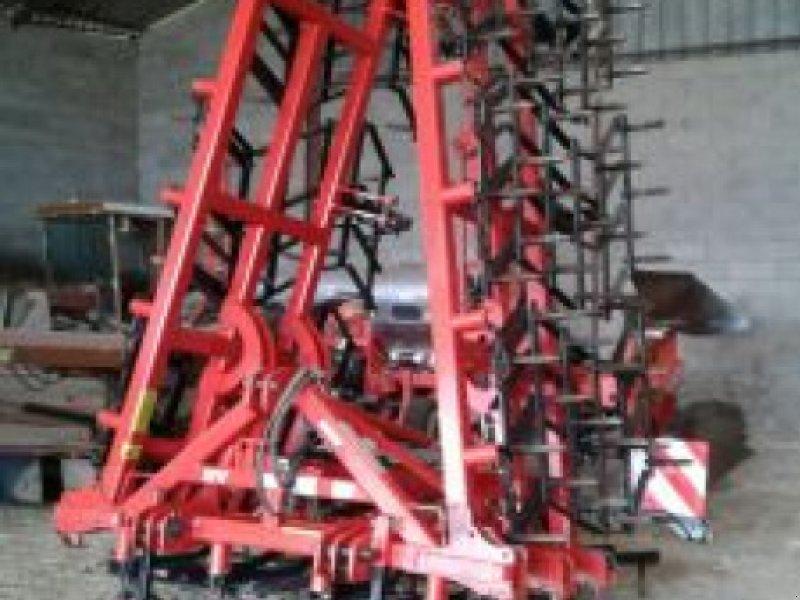 Egge типа Quivogne 8,3M, Gebrauchtmaschine в Belleville sur Meuse (Фотография 1)
