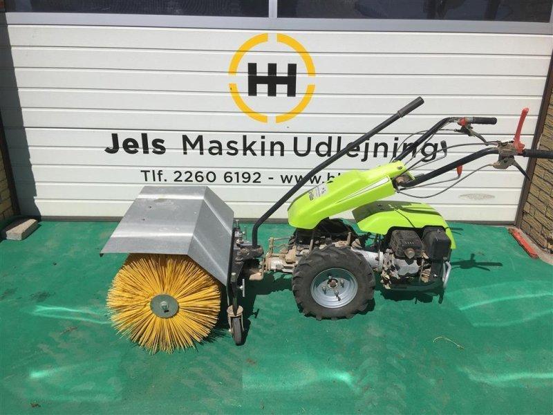 Einachstraktor typu Grillo 2 HJULET TRAKTOR med Kost, Gebrauchtmaschine w Rødding (Zdjęcie 1)