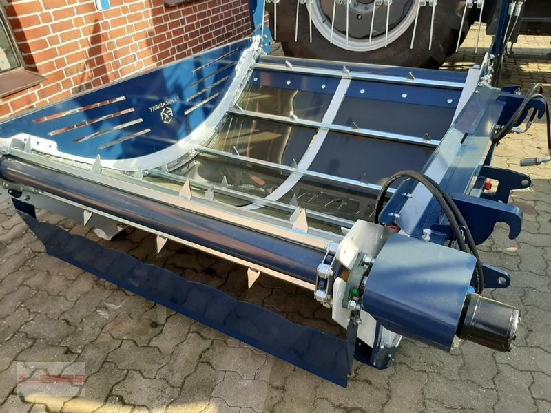 Einstreutechnik des Typs Becker 1, Neumaschine in Tewel (Bild 5)