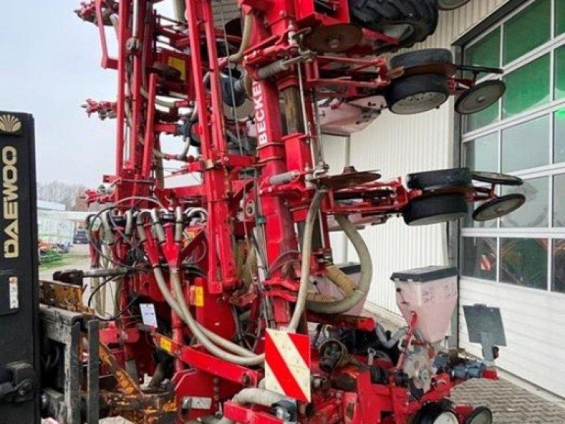 Einzelkornsägerät des Typs Becker AEROMAT M 10 HC, Gebrauchtmaschine in Olfen (Bild 1)