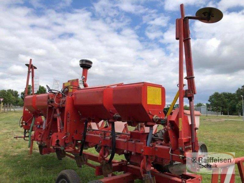 Einzelkornsägerät des Typs Becker M6 R Maislegemaschine, Gebrauchtmaschine in Bützow (Bild 1)