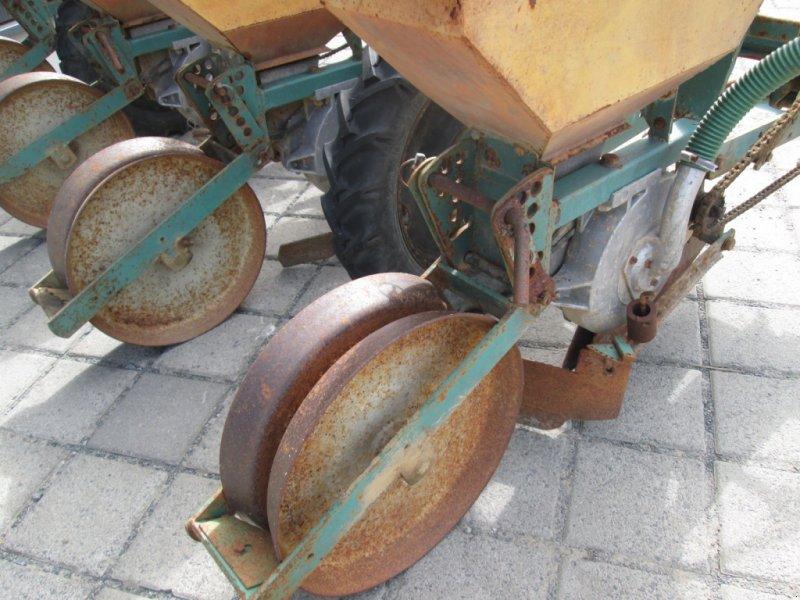 Einzelkornsägerät des Typs Fähse Monoair 77, Gebrauchtmaschine in Wülfershausen an der Saale (Bild 2)