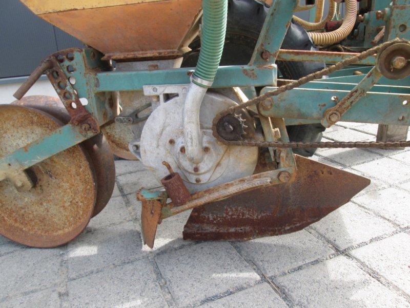Einzelkornsägerät des Typs Fähse Monoair 77, Gebrauchtmaschine in Wülfershausen an der Saale (Bild 9)