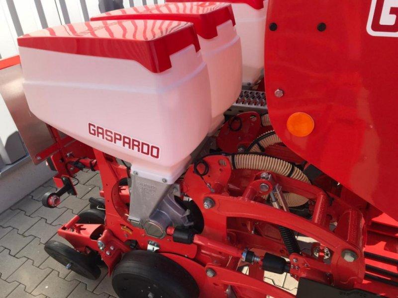 Einzelkornsägerät des Typs Gaspardo MTE-R 300 6r. Isobus, Neumaschine in Emsbüren (Bild 5)