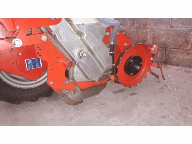 Einzelkornsägerät типа Kuhn PL3-8RGS-FIXE, Gebrauchtmaschine в ANTIGNY (Фотография 10)