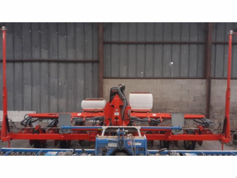 Einzelkornsägerät типа Kuhn PL3-8RGS-FIXE, Gebrauchtmaschine в ANTIGNY (Фотография 5)