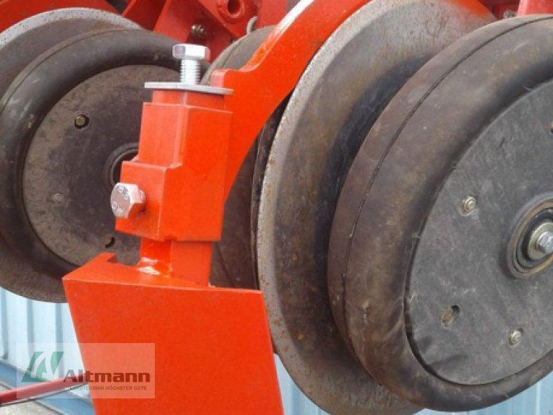 Einzelkornsägerät des Typs Kverneland Klutenräumer KV Monopill Spezialanfertigung, Neumaschine in Wiener Neustadt (Bild 1)