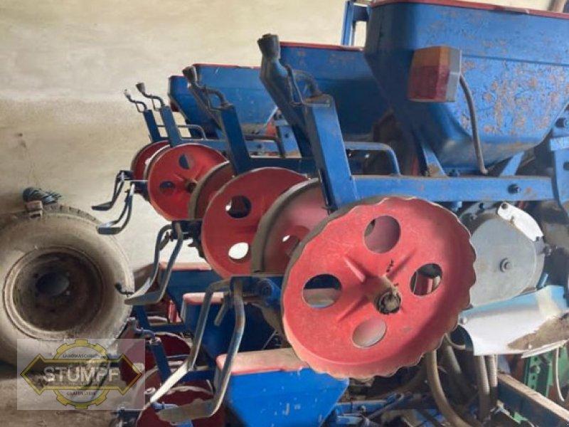Einzelkornsägerät typu Monosem 8, Gebrauchtmaschine v Grafenstein (Obrázok 1)