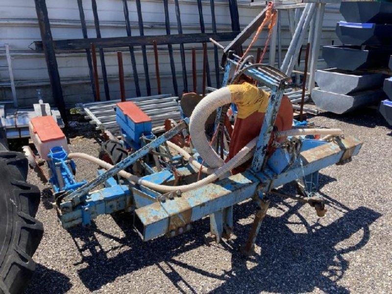 Einzelkornsägerät типа Monosem PNU, Gebrauchtmaschine в RENAGE (Фотография 1)