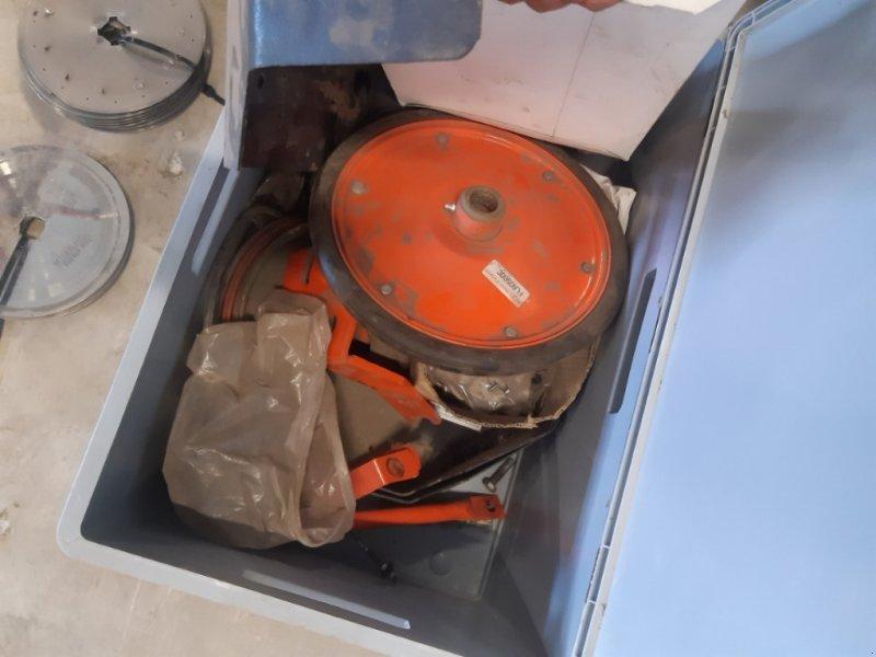 Einzelkornsägerät des Typs Nodet PL 2, Gebrauchtmaschine in Oberding (Bild 9)
