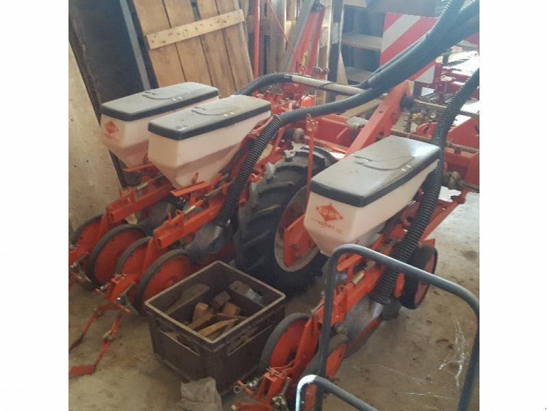 Einzelkornsägerät des Typs Nodet planter, Gebrauchtmaschine in Bray En Val (Bild 1)