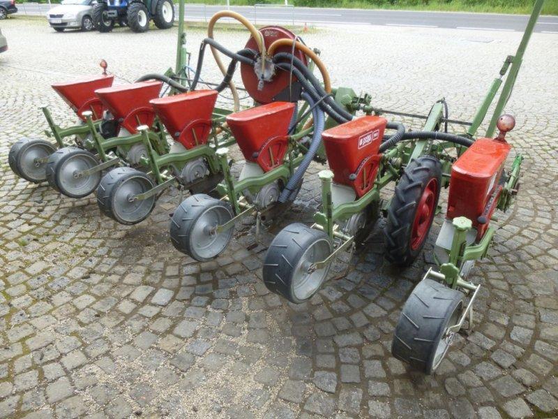 Einzelkornsägerät des Typs Nodet Pneumasem II, Gebrauchtmaschine in Ebensee (Bild 1)