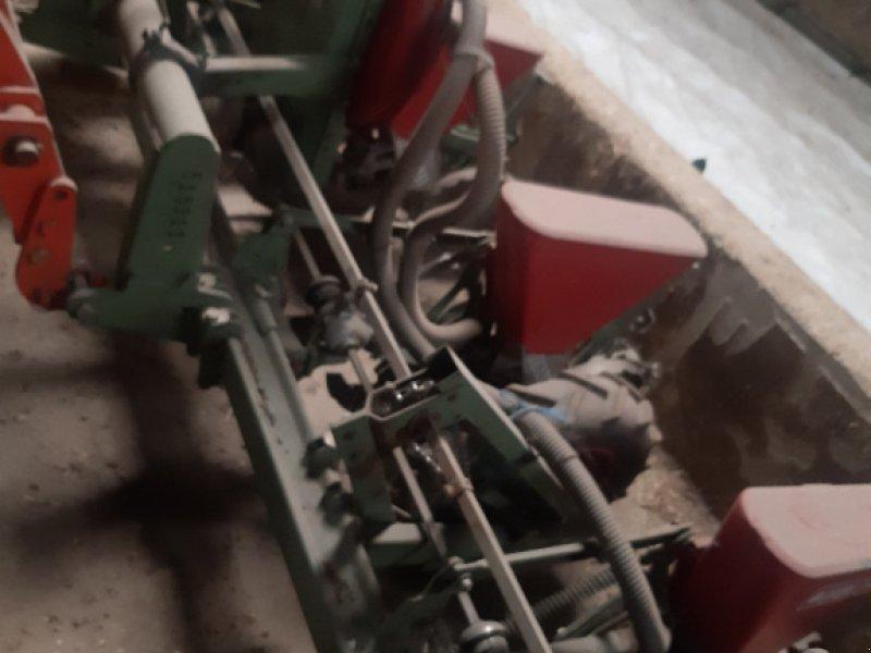 Einzelkornsägerät des Typs Nodet Pneumasem II, Gebrauchtmaschine in Deutsch Haslau (Bild 1)