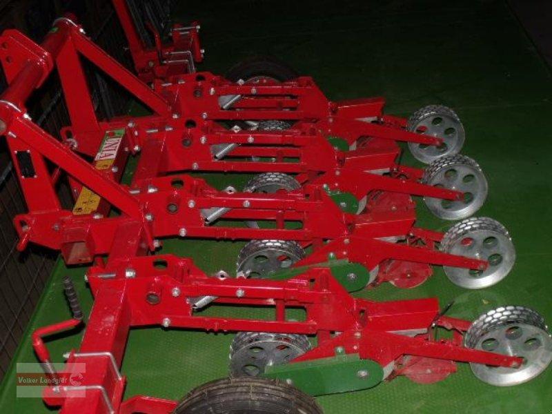 Einzelkornsägerät des Typs Unia KRUK, Neumaschine in Ostheim/Rhön (Bild 5)