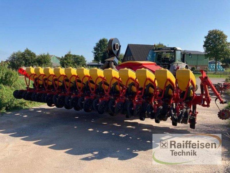 Einzelkornsägerät des Typs Väderstad TEMPO L 12, Gebrauchtmaschine in Kisdorf (Bild 1)