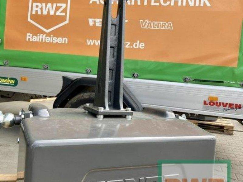 elektronische Zusatzgeräte des Typs Fendt Original Frontgewicht 1250Kg**NEU**, Ausstellungsmaschine in Rommerskirchen (Bild 1)