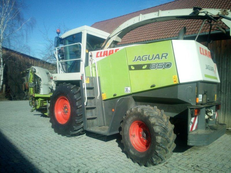 Feldhäcksler des Typs CLAAS Jaguar 830 Profistar, Gebrauchtmaschine in Göpfritz an der Wild (Bild 3)