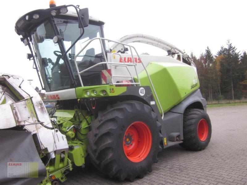 Feldhäcksler des Typs CLAAS JAGUAR 850 (496) Allrad 4WD, 40 km/h, nur 1.640 h !, Gebrauchtmaschine in Neerstedt (Bild 1)