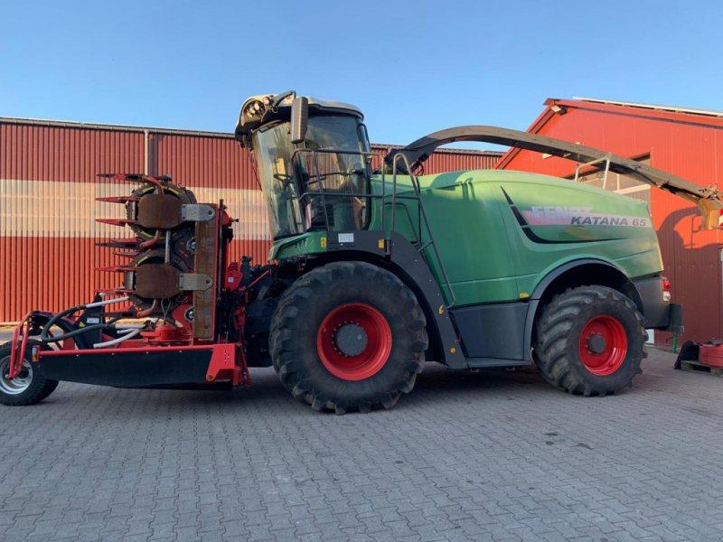 Feldhäcksler des Typs Fendt Katana 65 mit Kemper 375 Plus, 850 Trommelstunden!, Gebrauchtmaschine in Ostercappeln (Bild 1)