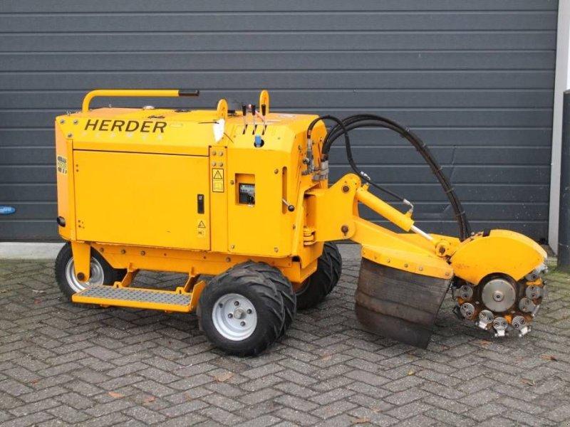 Feldhäcksler типа Herder Fermex SCW-410H stobbenfrees / stump grinder, Gebrauchtmaschine в Geldermalsen (Фотография 1)