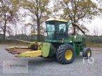 Feldhäcksler des Typs John Deere 5720 in Meppen-Versen