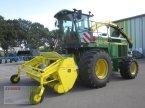 Feldhäcksler des Typs John Deere 6910 Allrad 4WD mit PICK UP 630 A, Corn Cracker in Neerstedt
