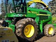 John Deere 7300 Récolteuse-hacheuse