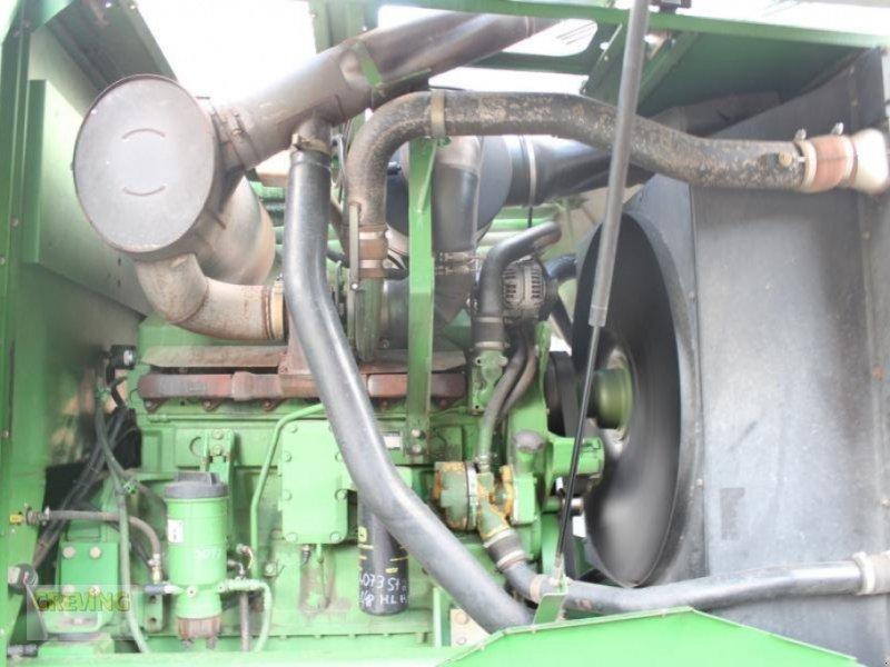 Feldhäcksler des Typs John Deere 7400 Allrad, Gebrauchtmaschine in Ahaus (Bild 10)