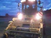 Feldhäcksler des Typs John Deere 7400 Allrad in Berching