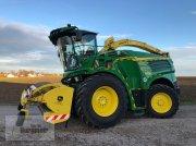 John Deere 8300i Forage harvester