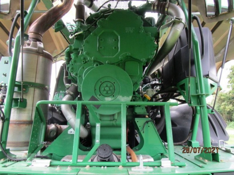 Feldhäcksler des Typs John Deere 8300i, Gebrauchtmaschine in Soyen (Bild 12)