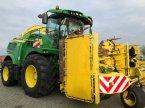 Feldhäcksler des Typs John Deere 8500 in Sittensen