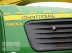Feldhäcksler des Typs John Deere 9900i in Soyen