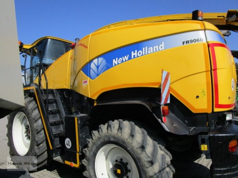 Feldhäcksler des Typs New Holland FR 9060, Gebrauchtmaschine in Soyen (Bild 6)