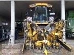 Feldhäcksler des Typs New Holland FR 9060 in Soyen