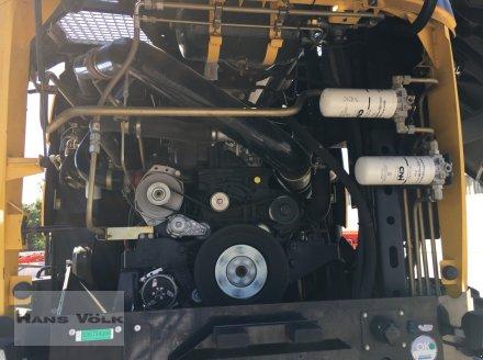 Feldhäcksler des Typs New Holland FR 9060, Gebrauchtmaschine in Eggenfelden (Bild 23)