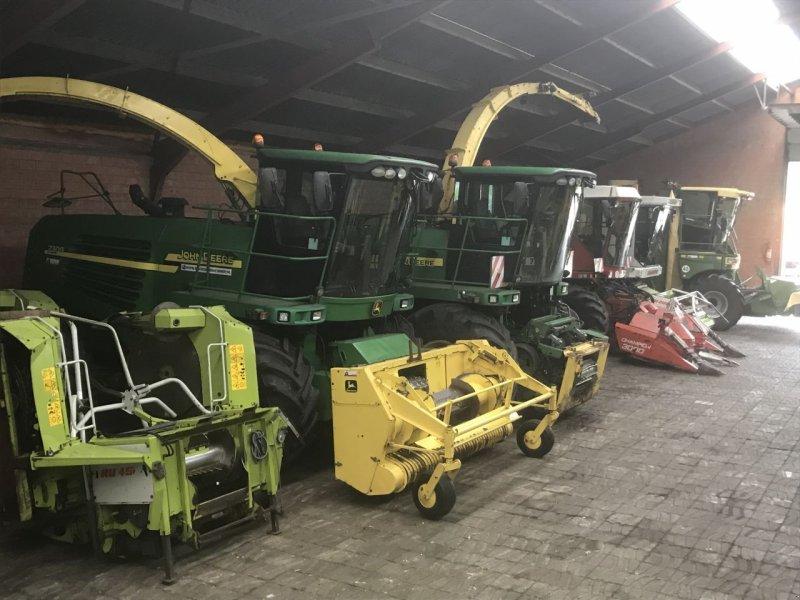 Feldhäcksler des Typs Sonstige Claas John Deere New Holland Gebruikte hakselaar's, Gebrauchtmaschine in Vriezenveen (Bild 7)